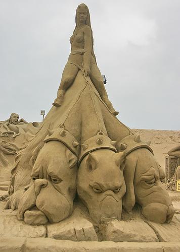sculptura-in-nisip-2