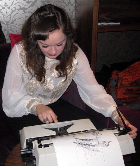 typewriter-art-desene-masina-scris-4