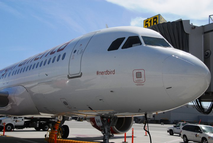 hashtag-nerdbird-avion-virgin-america