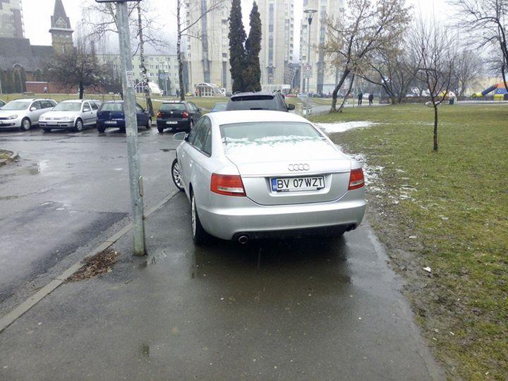 parcare-trotuar-centrul-civic-brasov
