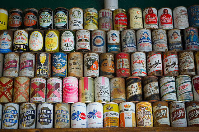 640px-Beer_Cans-1