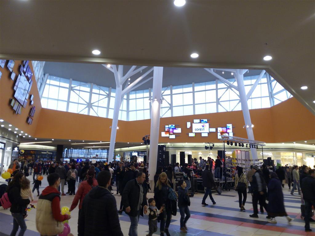 mall-coresi-deschidere-brasov-30-mar-2015 (11) (Medium)