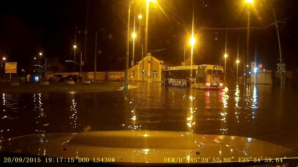 inundatie-stadionului-brasov-vali-petcu