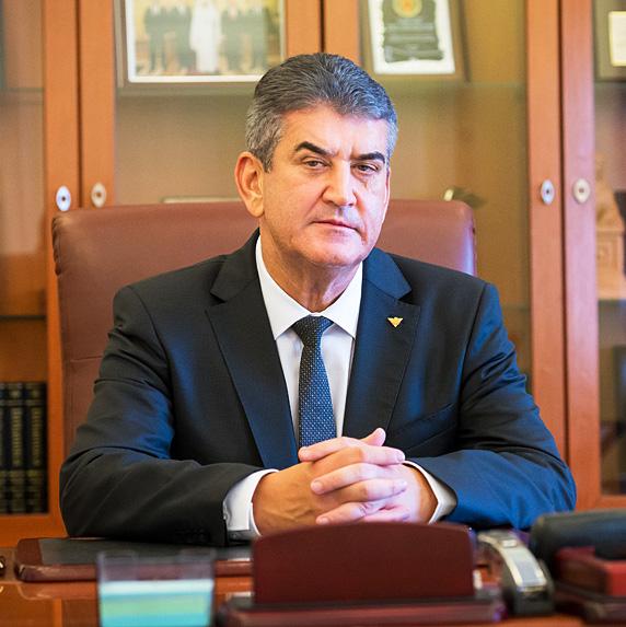 gabriel-oprea-ministru-mai-2015-ucis-politist